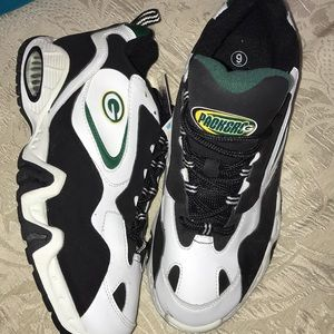 Other - Green Bay Packers shoes